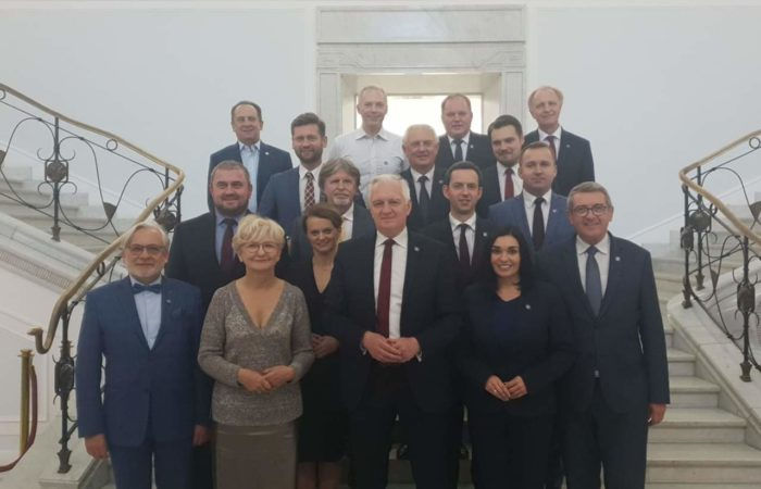 Duma, honor i zaszczyt.                                 Wybory 13 października  to sukces Porozumienia!